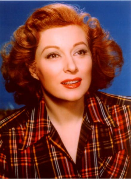 Get the 1940's makeup Look of Greer Garson