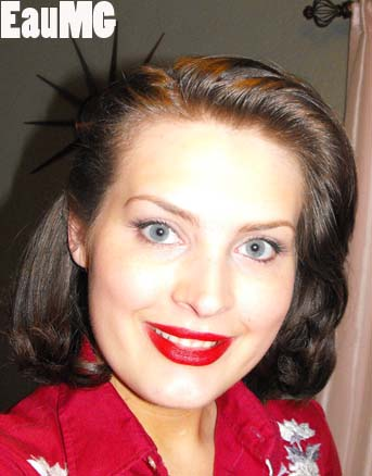 Get the 1930's makeup look of Alice Faye