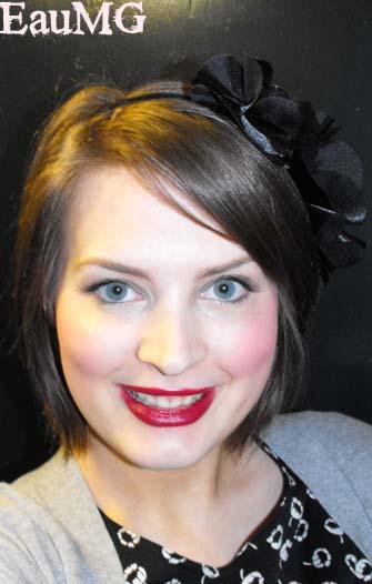 Get 1930's makeup look of Wendy Barrie