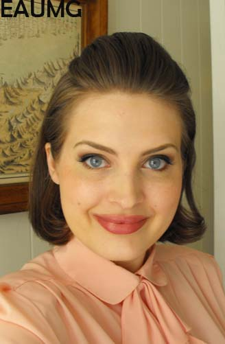 Get the 1950's makeup look