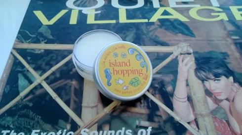 Islangin Hopping Perfume